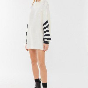 New Urban Outfitters Gemini Turtleneck Sweater